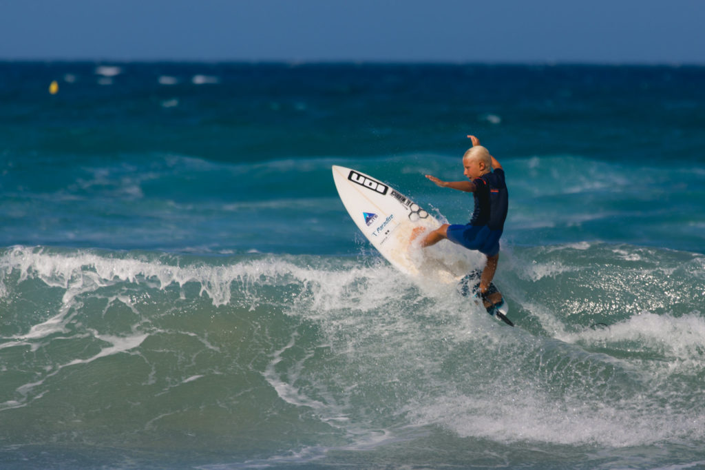 surfer Grom 10 years old